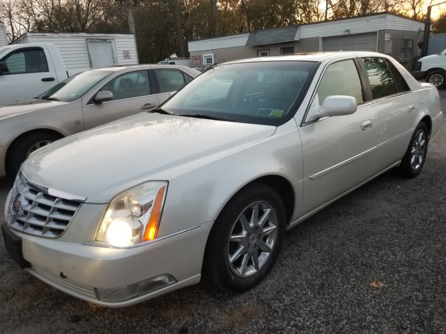 Used 2011 Cadillac DTS in Patchogue, New York | Romaxx Truxx. Patchogue, New York