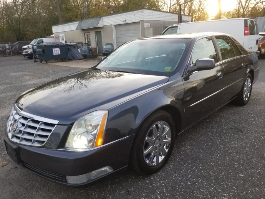 Used 2009 Cadillac DTS in Patchogue, New York | Romaxx Truxx. Patchogue, New York