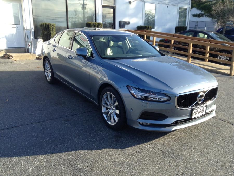 Used Volvo S90 T6 AWD Momentum 2017 | Eurocars Plus. Groton, Connecticut
