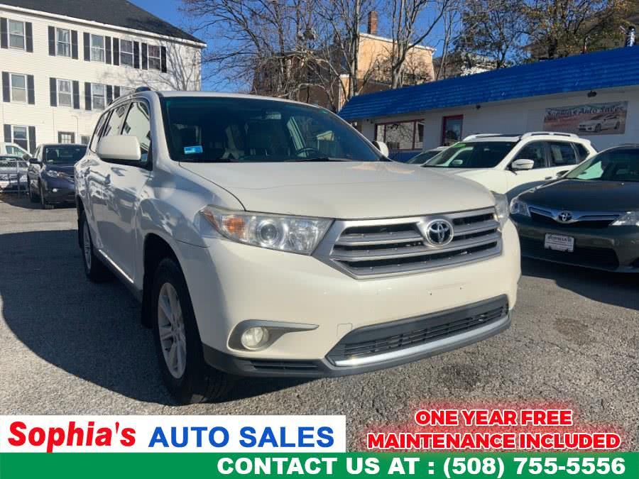 Used 2012 Toyota Highlander in Worcester, Massachusetts | Sophia's Auto Sales Inc. Worcester, Massachusetts