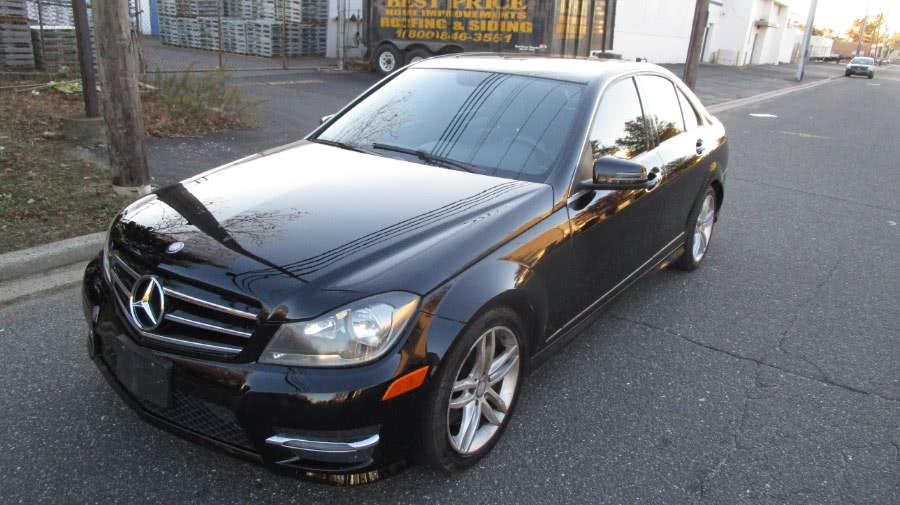 Used 2014 Mercedes-Benz C-Class in Hicksville, New York | H & H Auto Sales. Hicksville, New York