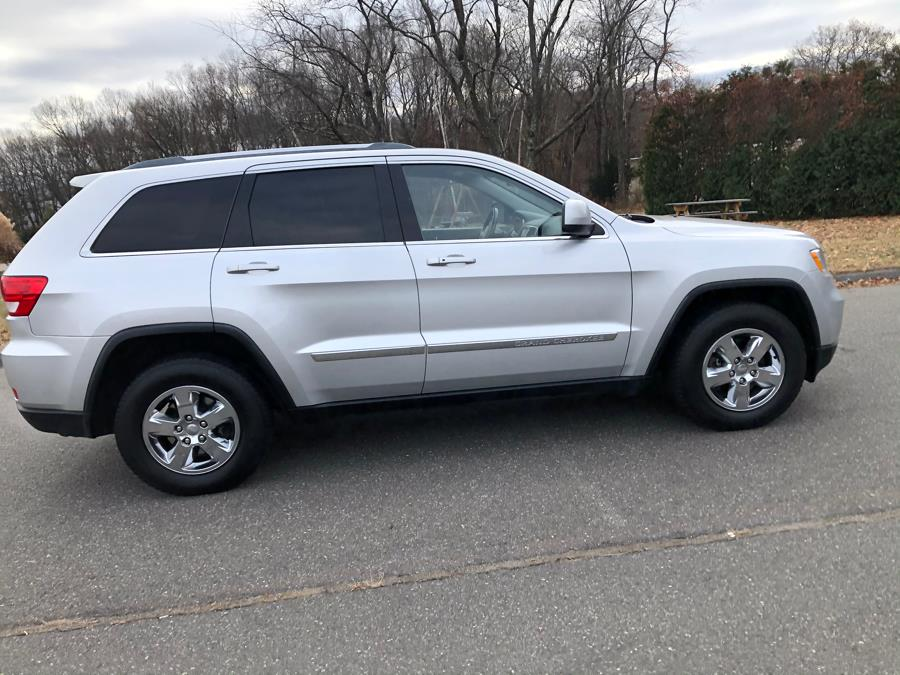 Used Jeep Grand Cherokee 4WD 4dr Laredo 2011 | Malkoon Motors. Agawam, Massachusetts