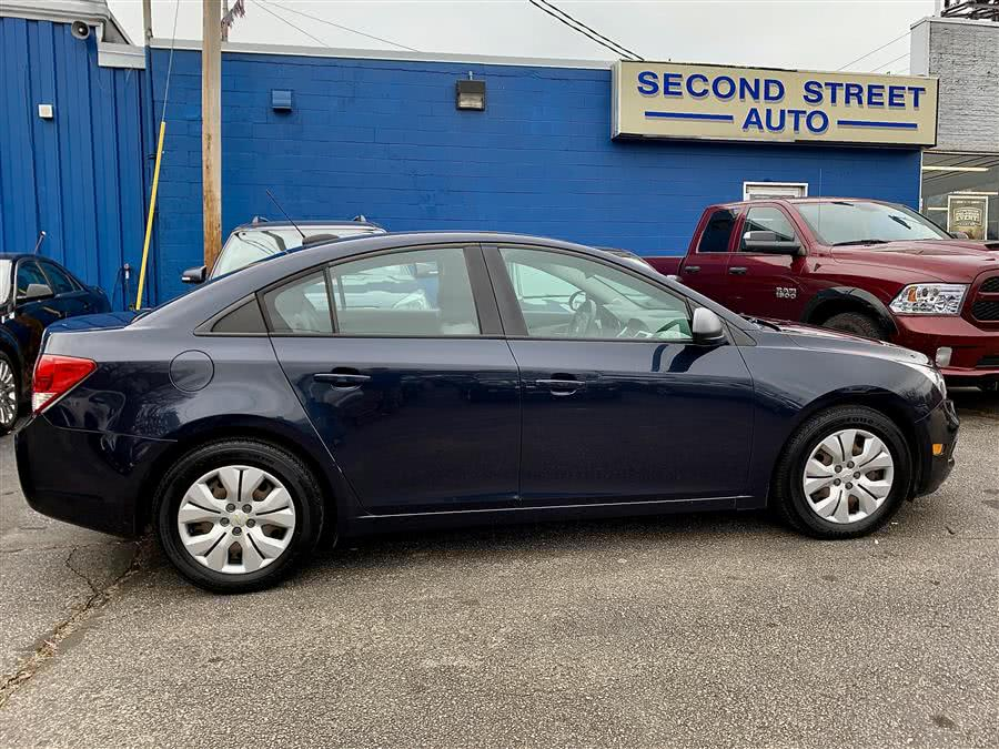 Used 2016 Chevrolet Cruze Limited in Manchester, New Hampshire | Second Street Auto Sales Inc. Manchester, New Hampshire