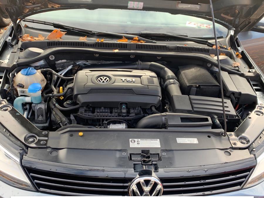 2014 Volkswagen Jetta Sedan 4dr Auto SE PZEV, available for sale in Manchester, Connecticut   Best Auto Sales LLC. Manchester, Connecticut