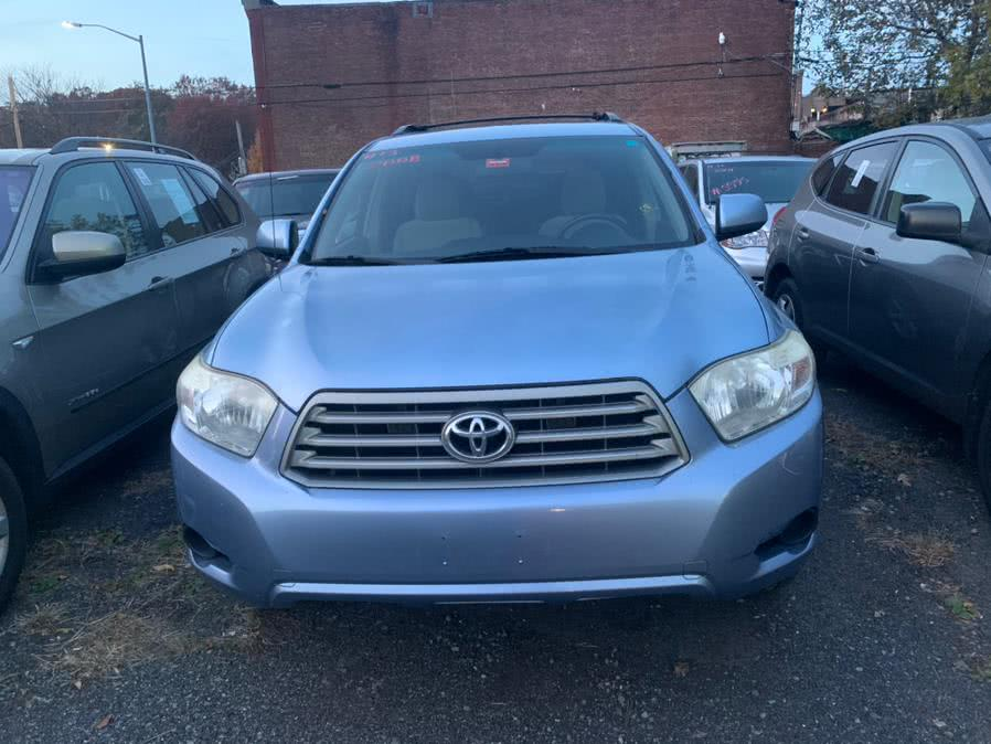 Used 2008 Toyota Highlander in Brooklyn, New York | Atlantic Used Car Sales. Brooklyn, New York