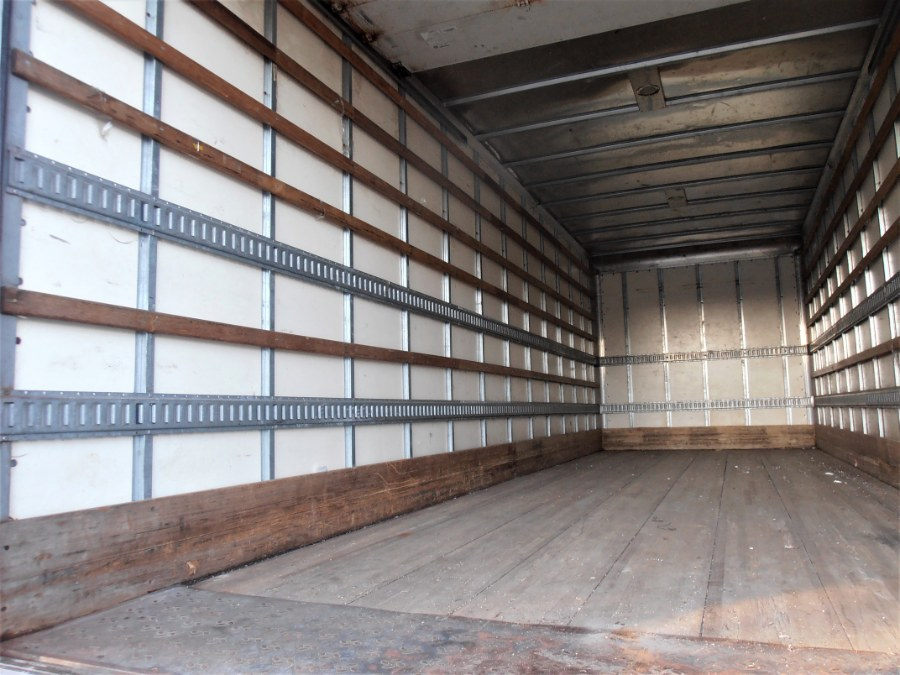 2015 INTERNATIONAL DURASTAR 4300 26 FT BOX TRUCK w LIFTGATE, available for sale in COPIAGUE, New York   Warwick Auto Sales Inc. COPIAGUE, New York