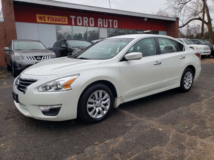 Used 2014 Nissan Altima in East Windsor, Connecticut | Toro Auto. East Windsor, Connecticut