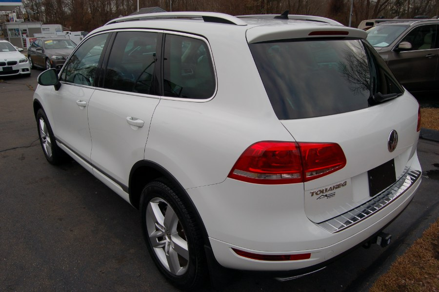 2012 Volkswagen Touareg 4dr TDI LUX, available for sale in Old Saybrook, Connecticut | M&N`s Autohouse. Old Saybrook, Connecticut
