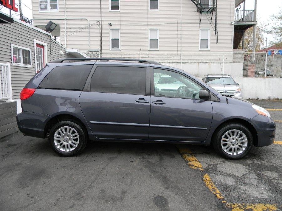 Used Toyota Sienna 5dr 7-Pass Van LE AWD 2008 | DZ Automall. Paterson, New Jersey