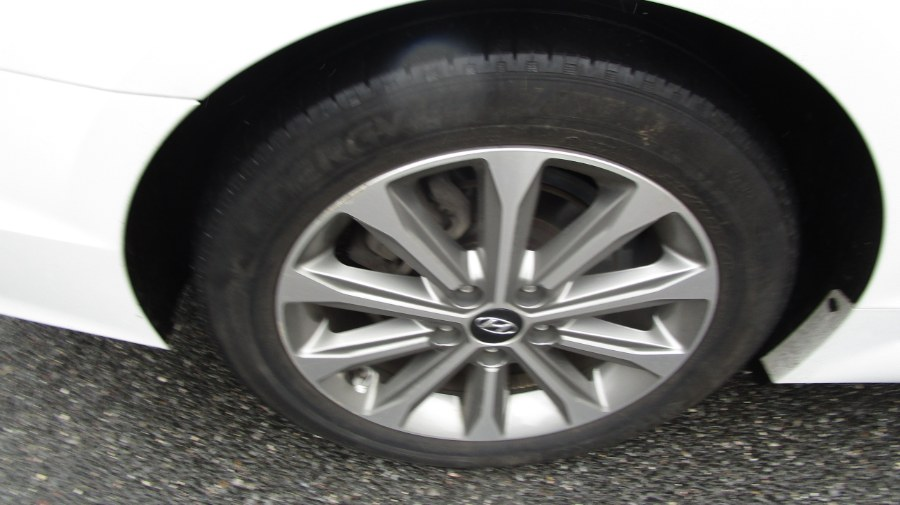 Used Hyundai Sonata 4dr Sdn 2.4L Limited PZEV 2016   H & H Auto Sales. Hicksville, New York