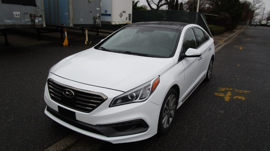 Used 2016 Hyundai Sonata in Hicksville, New York | H & H Auto Sales. Hicksville, New York