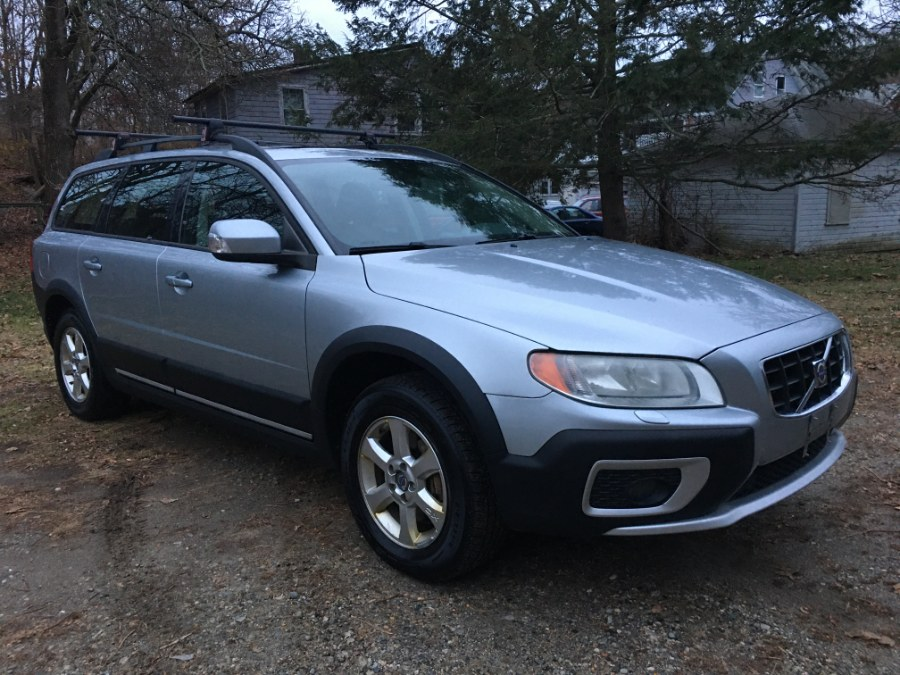2008 Volvo XC70 4dr Wgn w/Snrf, available for sale in Norwich, Connecticut | Elite Auto Brokers LLC. Norwich, Connecticut