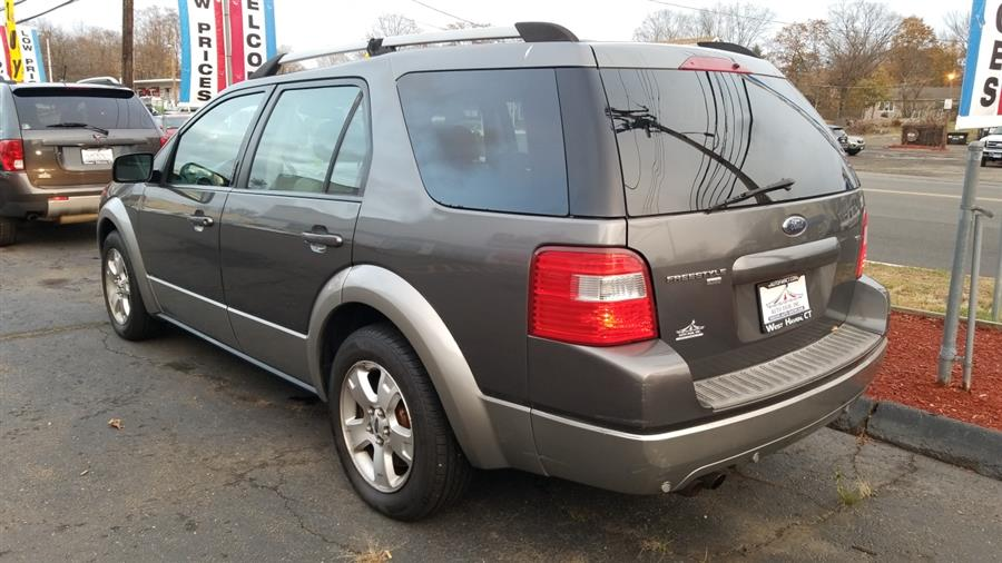 2006 Ford Freestyle 4dr Wgn SEL AWD, available for sale in West Haven, CT