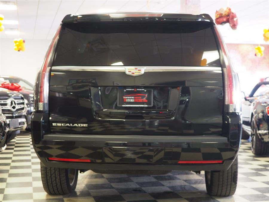 Used Cadillac Escalade 4WD 4dr Premium Collection 2016   Northshore Motors. Syosset , New York