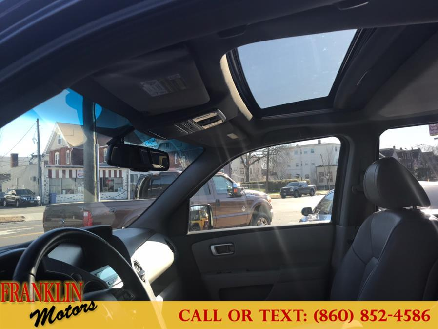 Used Honda Pilot 4WD 4dr EX-L w/Navi 2011 | Franklin Motors Auto Sales LLC. Hartford, Connecticut