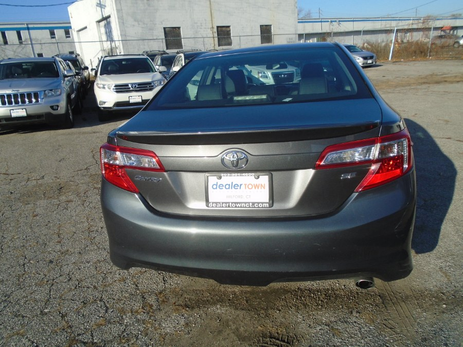 2013 Toyota Camry 4dr Sdn I4 Auto SE, available for sale in Milford, Connecticut | Dealertown Auto Wholesalers. Milford, Connecticut