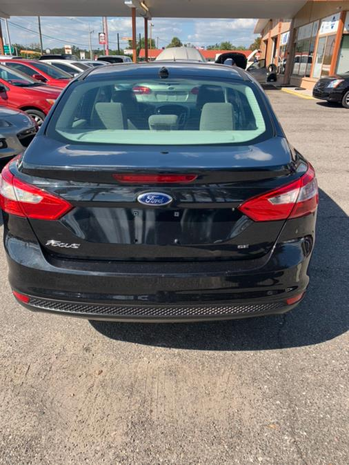 2014 Ford Focus 4dr Sdn SE, available for sale in Kissimmee, Florida | Central florida Auto Trader. Kissimmee, Florida