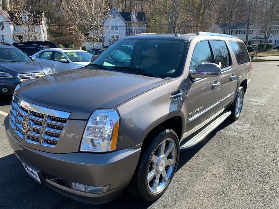 Used 2014 Cadillac Escalade ESV in Canton, Connecticut | Lava Motors. Canton, Connecticut