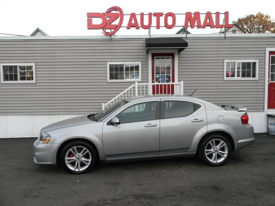 2013 Dodge Avenger 4dr Sdn SXT, available for sale in Paterson, NJ