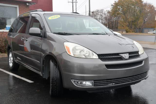 Used 2004 Toyota Sienna in New Haven, Connecticut | Boulevard Motors LLC. New Haven, Connecticut