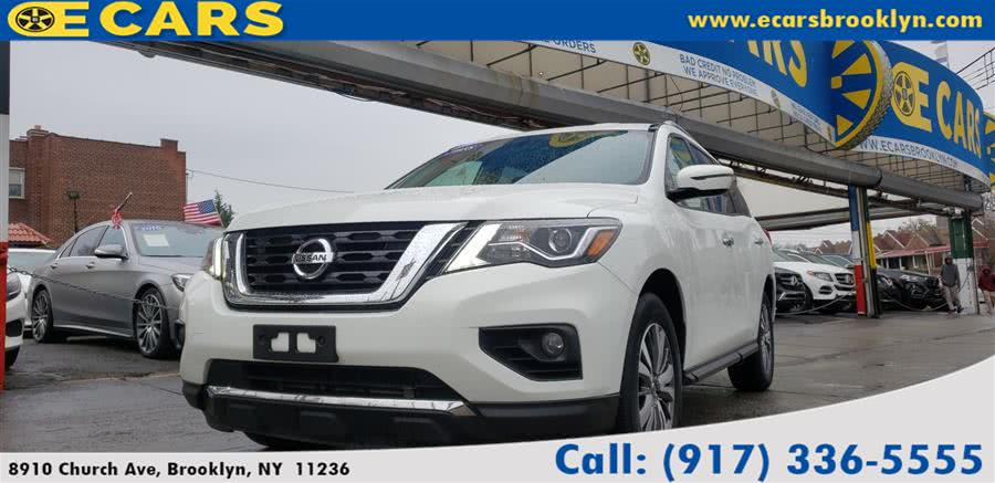 Used 2018 Nissan Pathfinder in Brooklyn, New York | E Cars . Brooklyn, New York