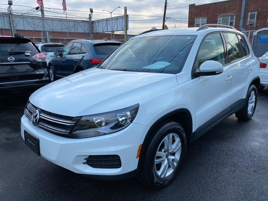 Used 2017 Volkswagen Tiguan in Jamaica, New York | Sunrise Autoland. Jamaica, New York