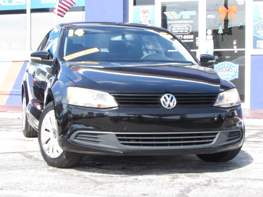Used 2014 Volkswagen Jetta Sedan in Orlando, Florida | VIP Auto Enterprise, Inc. Orlando, Florida