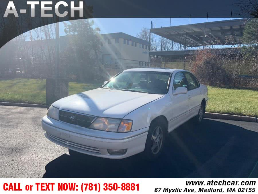 Used Toyota Avalon 4dr Sdn XL w/Bucket Seats 1999 | A-Tech. Medford, Massachusetts