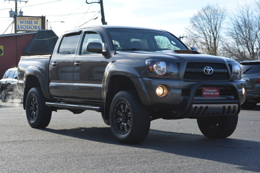 2011 Toyota Tacoma 4WD Double V6 AT (Natl), available for sale in ENFIELD, Connecticut | Longmeadow Motor Cars. ENFIELD, Connecticut
