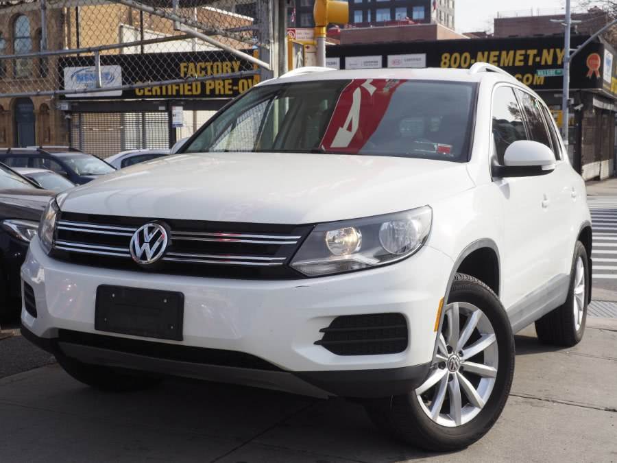 Used 2017 Volkswagen Tiguan in Jamaica, New York | Hillside Auto Mall Inc.. Jamaica, New York
