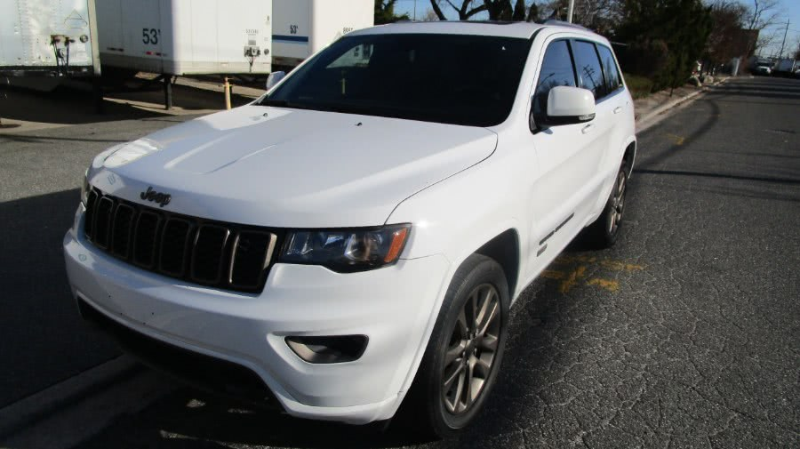 Used 2017 Jeep Grand Cherokee in Hicksville, New York | H & H Auto Sales. Hicksville, New York