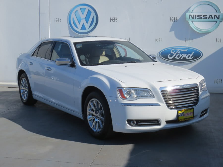 Used 2011 Chrysler 300 in Santa Ana, California | Auto Max Of Santa Ana. Santa Ana, California