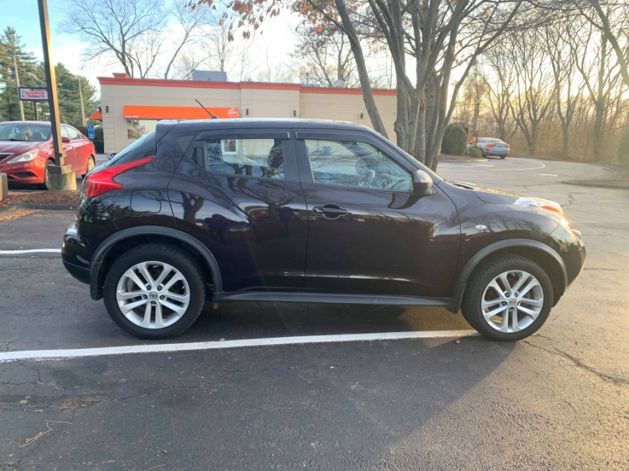 2014 Nissan JUKE 5dr Wgn CVT SL AWD, available for sale in Bloomfield, Connecticut | Integrity Auto Sales and Service LLC. Bloomfield, Connecticut