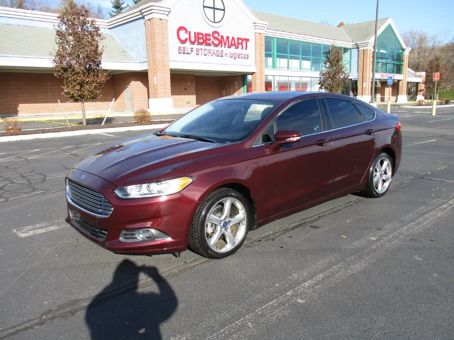 Used 2013 Ford Fusion in New Britain, Connecticut | Universal Motors LLC. New Britain, Connecticut