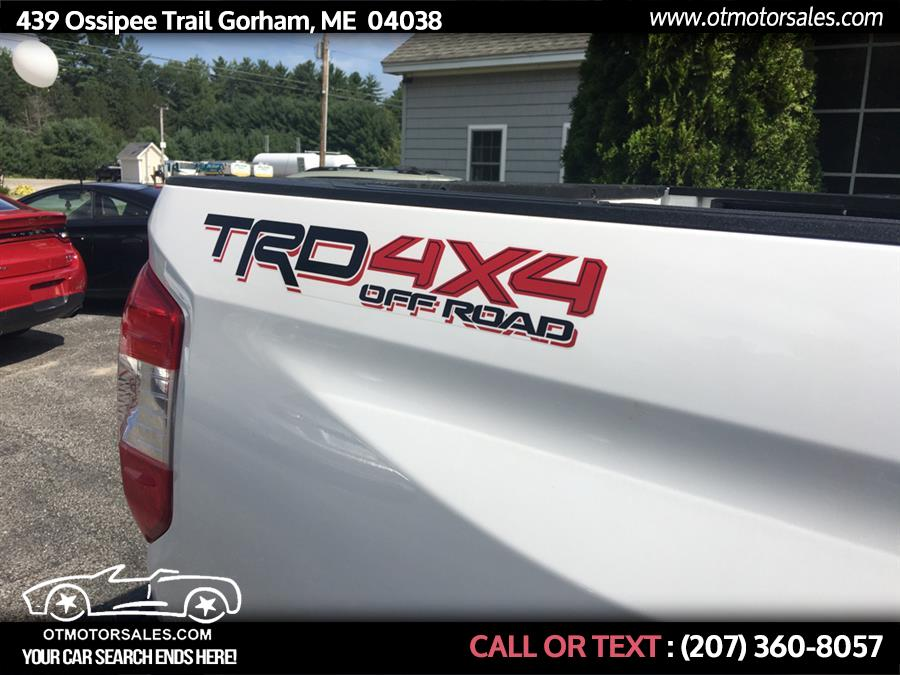 Used Toyota Tundra 4wd Limited CrewMax 5.5' Bed 5.7L (Natl) 2017 | Ossipee Trail Motor Sales. Gorham, Maine