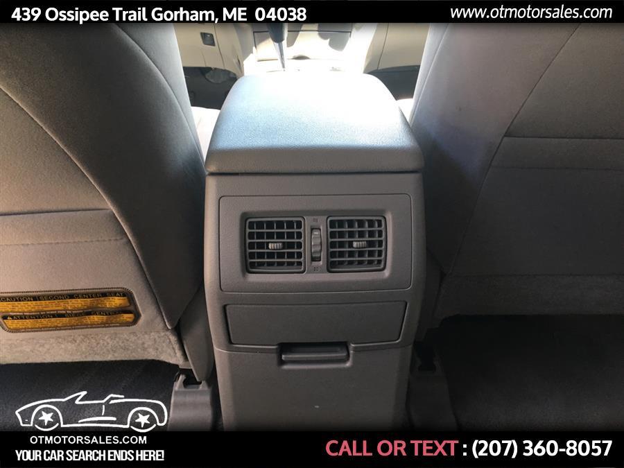 Used Toyota Highlander 4WD 4dr Base (Natl) 2008   Ossipee Trail Motor Sales. Gorham, Maine