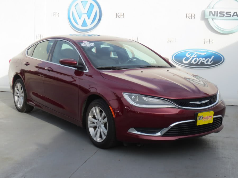 Used 2016 Chrysler 200 in Santa Ana, California | Auto Max Of Santa Ana. Santa Ana, California
