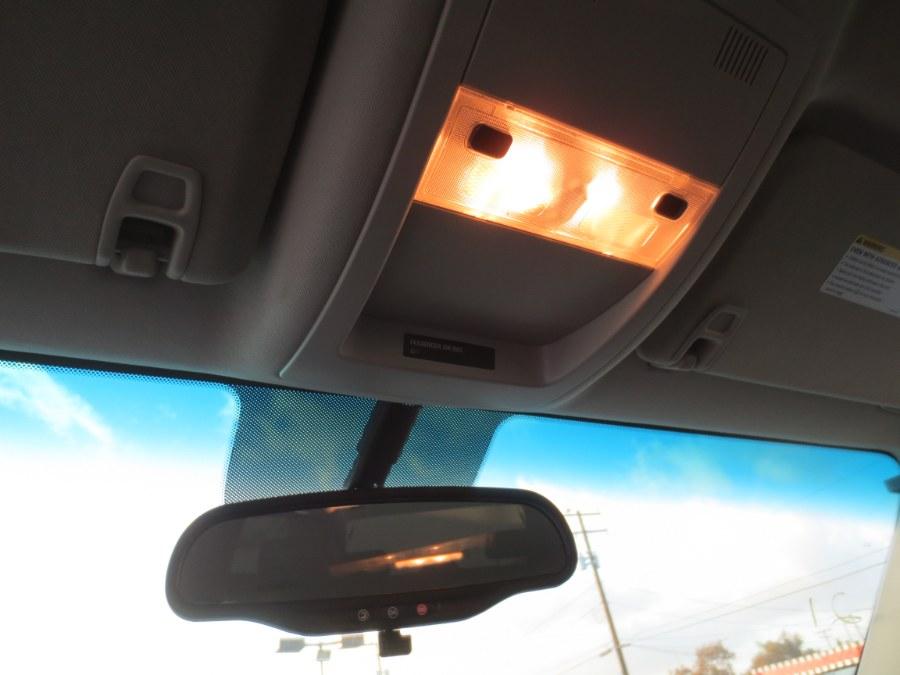 Used Chevrolet Suburban 4WD 4dr 1500 LT 2013 | Auto Max Of Santa Ana. Santa Ana, California