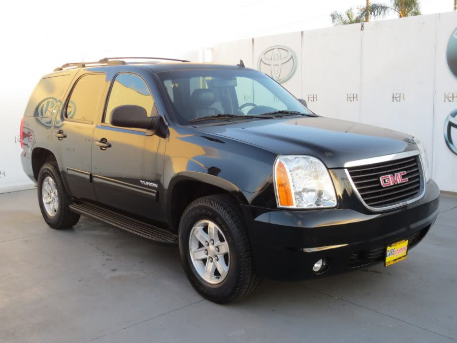 Used 2013 GMC Yukon in Santa Ana, California | Auto Max Of Santa Ana. Santa Ana, California