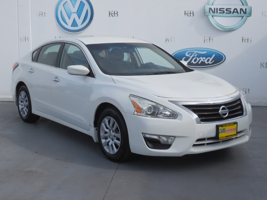 Used 2014 Nissan Altima in Santa Ana, California | Auto Max Of Santa Ana. Santa Ana, California