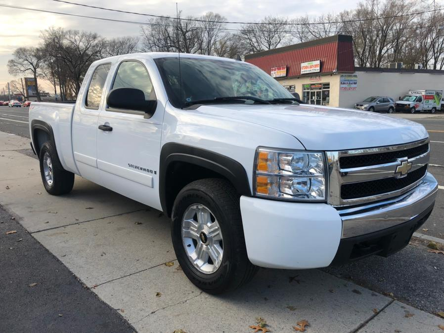 "Used Chevrolet Silverado 1500 4WD Ext Cab 157.5"" LT w/1LT 2008 