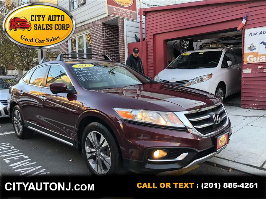 Used 2013 Honda Crosstour in Union City, New Jersey | City Auto Sales Corp. Union City, New Jersey