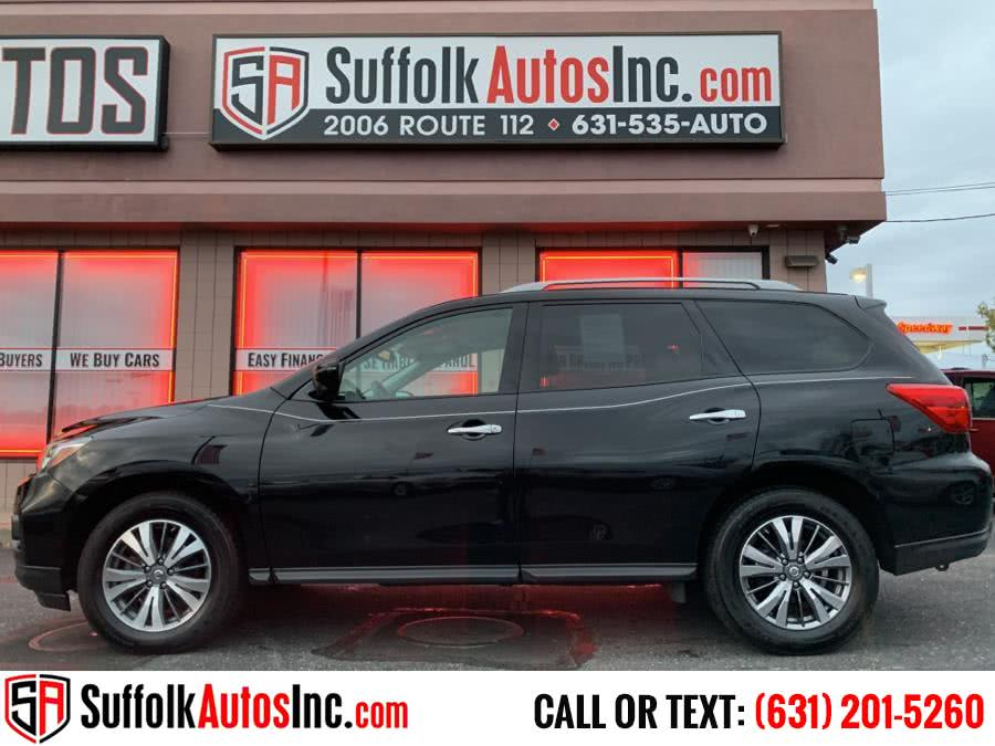 Used 2018 Nissan Pathfinder in Medford , New York | Suffolk Autos Inc. Medford , New York