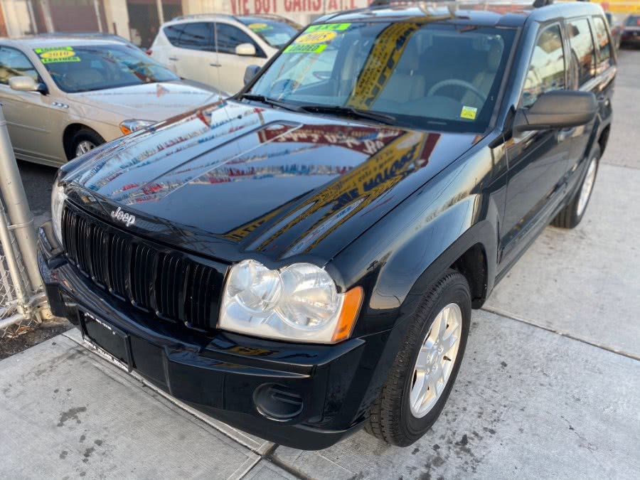 Used Jeep Grand Cherokee 4dr Laredo 2005 | Middle Village Motors . Middle Village, New York