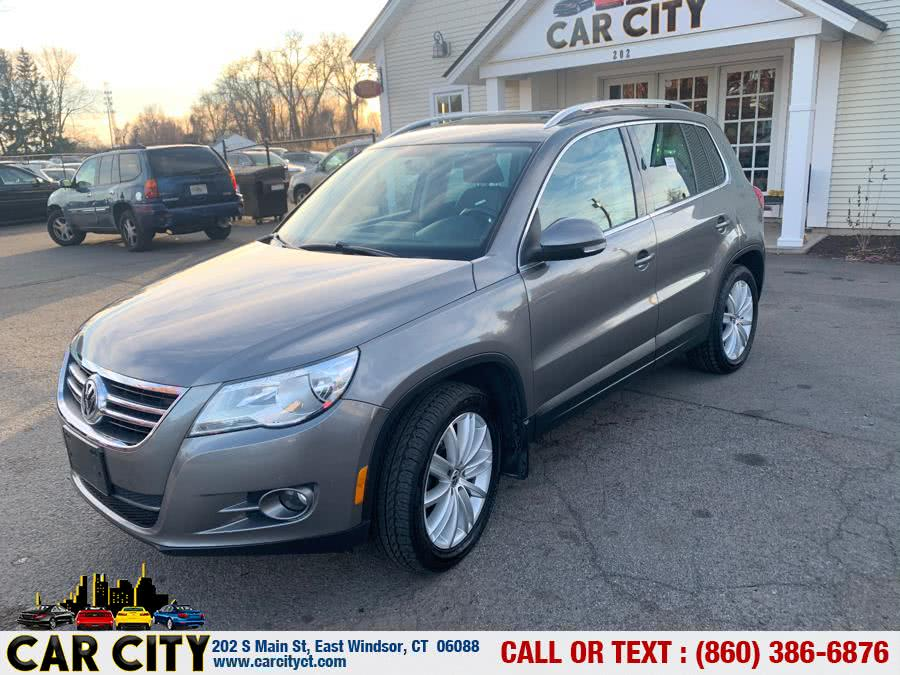 Used 2011 Volkswagen Tiguan in East Windsor, Connecticut | Car City LLC. East Windsor, Connecticut