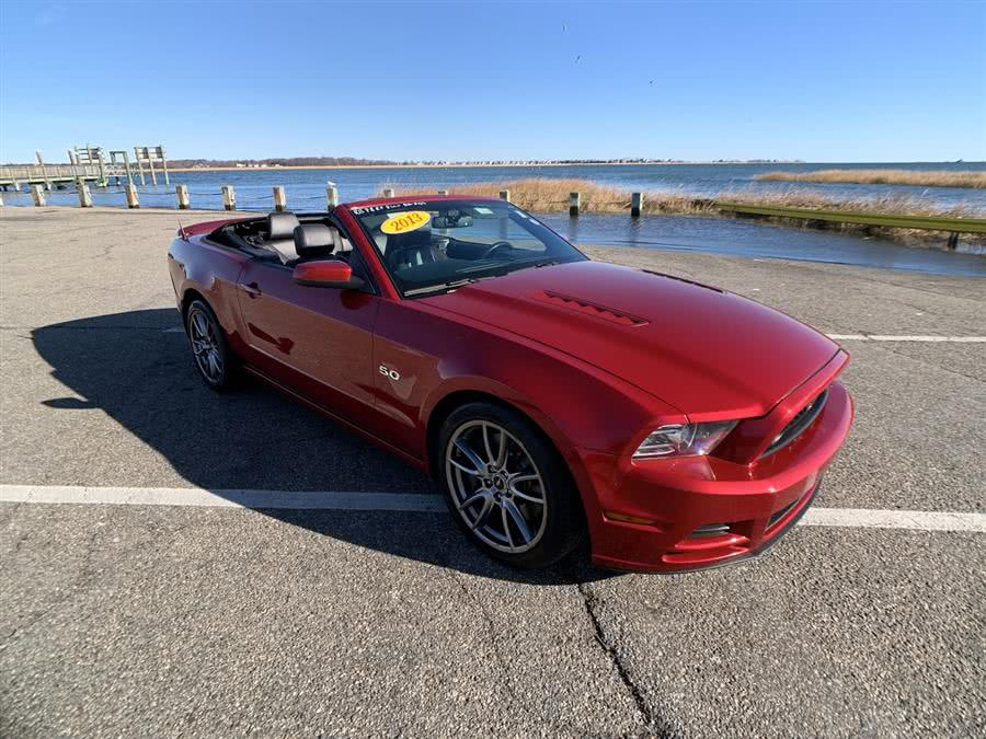 Used Ford Mustang 2dr Conv GT 2013 | Wiz Leasing Inc. Stratford, Connecticut
