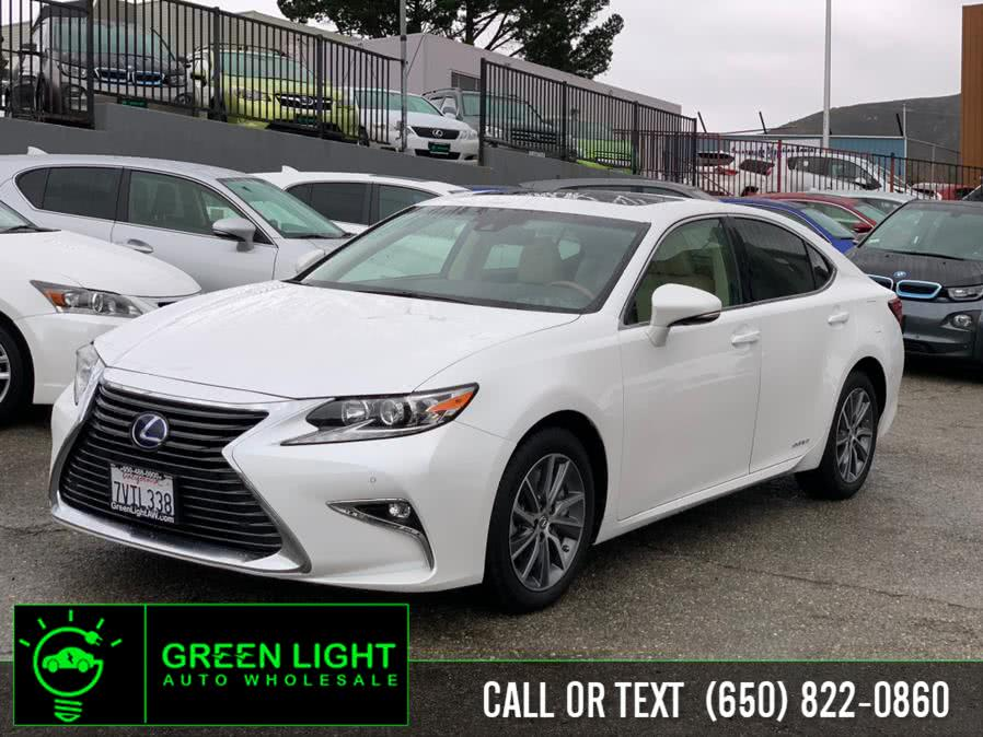 Used 2016 Lexus ES 300h in Daly City, California | Green Light Auto Wholesale. Daly City, California