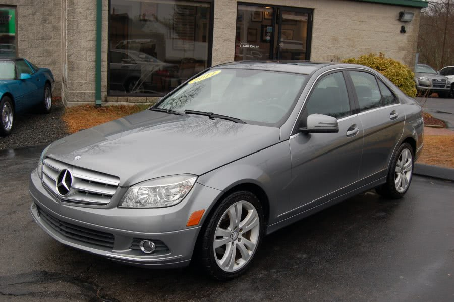 Used Mercedes-Benz C-Class 4dr Sdn C 300 Luxury 4MATIC 2011 | M&N`s Autohouse. Old Saybrook, Connecticut