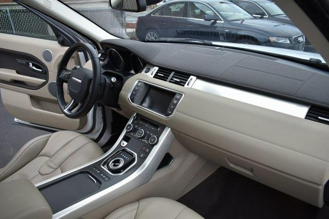 2014 Land Rover Range Rover Evoque Pure, available for sale in Lodi, New Jersey | Bergen Car Company Inc. Lodi, New Jersey