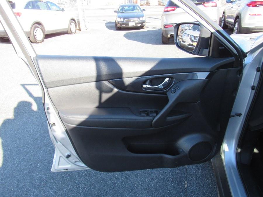 Used Nissan Rogue AWD S 2018 | NJ Used Cars Center. Irvington, New Jersey